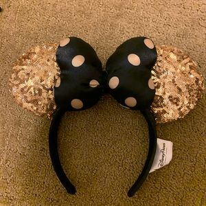 Black and gold Disney ears